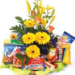 Корзина с продуктами «Surprise»