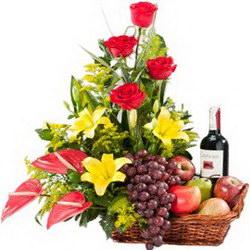 Корзина с продуктами «Gift basket»